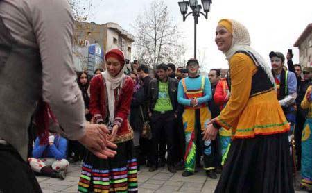 دستگیری دختر پسران رشتی بخاطر رقص محلی (عکس)