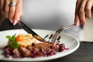 آشنایی با آداب رستوران رفتن در کشورهای مختلف جهان