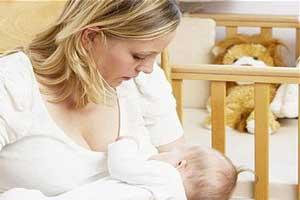 خوردن خوراکی های لازم در دوران شیردهی