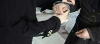 بازداشت دخترانی که از مردان زورگیری می کردند (عکس)