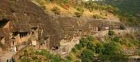 تصاویر دیدنی از یک غار باستانی زیبا در هند