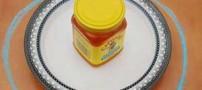 ترفندی برای مقابله با مورچه هایی که عسل دوست دارند