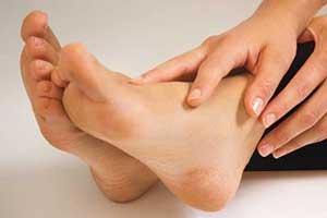 آشنایی با فواید ماساژ پاها قبل از خوابیدن