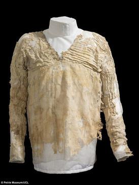 لباسی که 5000 هزار سال قدمت دارد! (عکس)