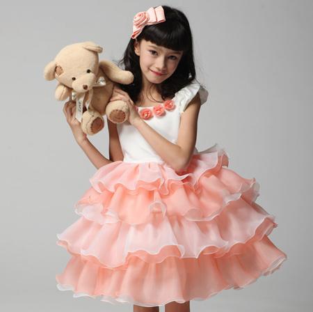 خوشگلترین لباس های عروس برای دختر بچه های ناز