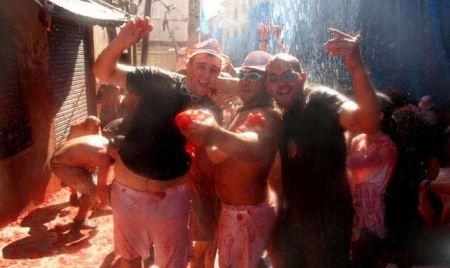 جشنواره جالب جنگ با گوجه فرنگی در اسپانیا (عکس)