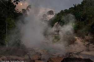 رودخانه ای که با آب جوش آن می توان چایی دم کرد (عکس)