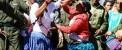 فستیوال خونین دعوا و کتک کاری دسته جمعی زنان و مردان
