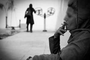 دلیل گرایش خانم ها به اعتیاد و مواد مخدر