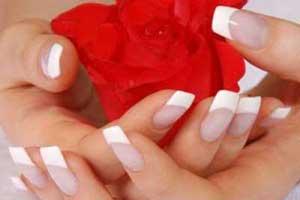 چگونه ناخن هایی زیبا و بلند داشته باشیم؟