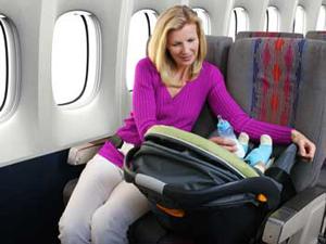 نکاتی کارآمد برای سفر هوایی با نوزاد