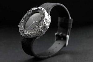 ساعت 90 میلیونی ساخته شده از سنگ ماه! (عکس)