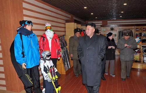 زندگی جالب بچه پولدارهای کره شمالی (عکس)  زندگی جالب بچه پولدارهای کره شمالی (عکس) 000