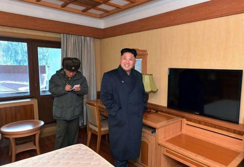 زندگی جالب بچه پولدارهای کره شمالی (عکس)  زندگی جالب بچه پولدارهای کره شمالی (عکس) 000000