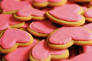 طرز تهیه شیرینی قلبی خوشکل