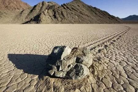 مرموزترین مکانهایی بروی کره زمین!! (عکس)