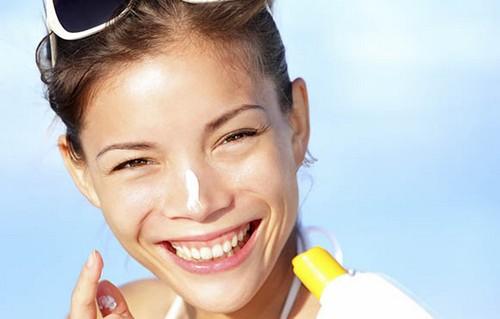 راهی مناسب برای پیشگیری از سرطان پوست  راهی مناسب برای پیشگیری از سرطان پوست 1462379840 irannaz com