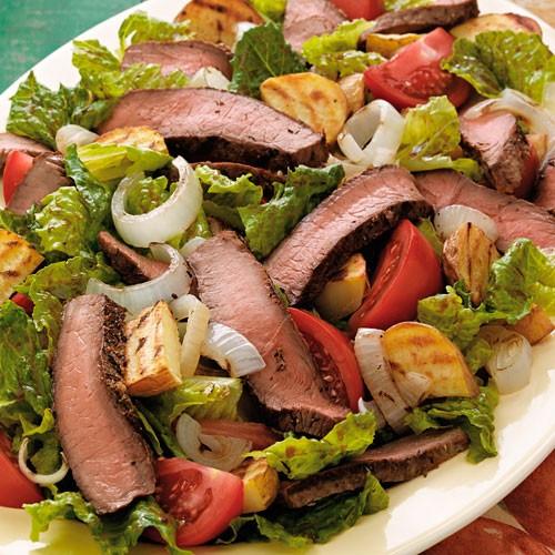 طرز تهیه سالاد استیک و سیب زمینی  طرز تهیه سالاد استیک و سیب زمینی 1462379857 irannaz com