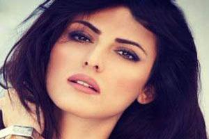 زیباترین دختر جذاب ایرانی در هند را بشناسید (عکس)