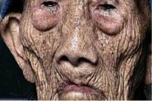 کهن ترین پیرمرد جهان 256 ساله فوت شد!!