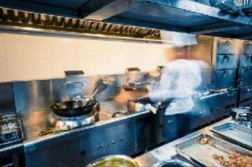 در این رستوران گوشت انسان طبخ میکنند (عکس)
