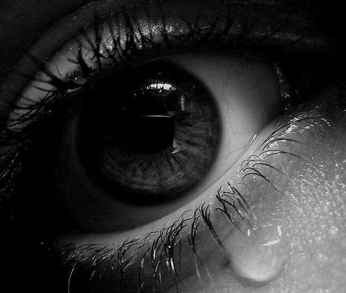 زبان دوم من گریه و اشک است ...