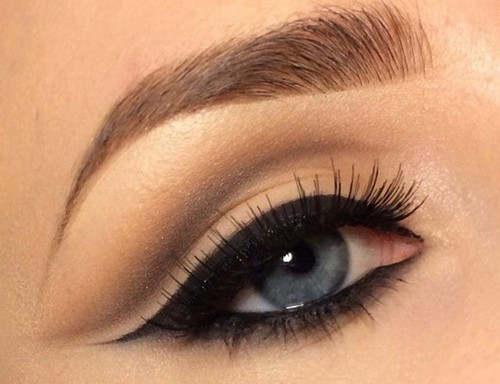 روشی برای جذابیت هرچه بیشتر چشم در آرایش