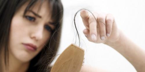 مبارزه با ریزش مو  با بهترین روش