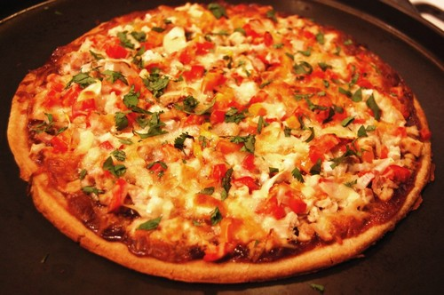 نحوه ی درست کردن پیتزای مرغ