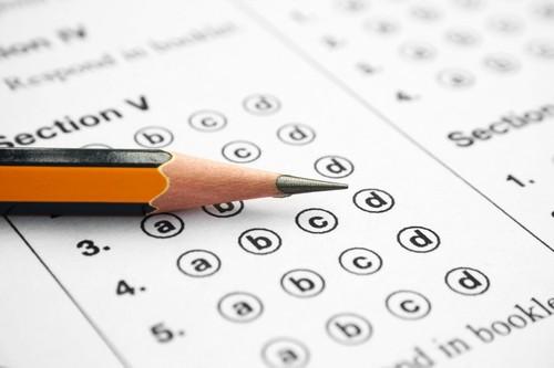 علت امتحان شدن انسان توسط خداوند چیست؟