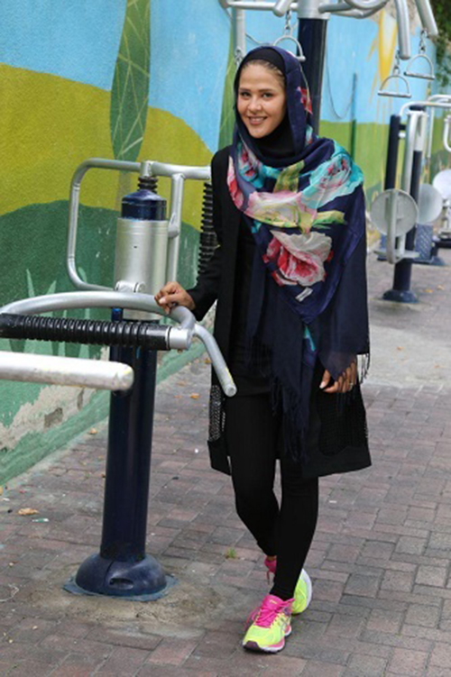 دختری که با تلاش خود ستاره شد (عکس)  دختری که با تلاش خود ستاره شد (عکس) 146539059171000 irannaz com