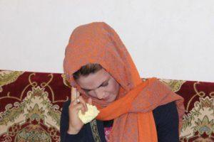 چشمان این زن نخ می سازد (عکس)