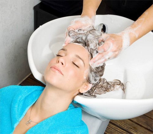 خطاهایی که هنگام شستن مو انجام می دهید!!