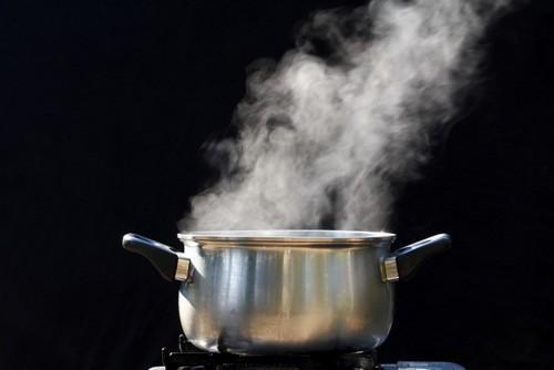 از بین بردن چين و چروك با بخار آب