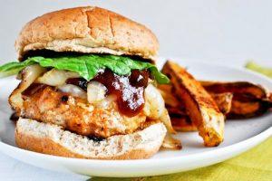 نحوه ی درست کردن همبرگر مرغ