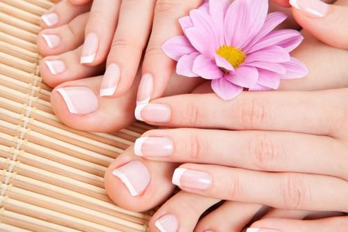 چگونه پوست دستمان زیبا و شفاف شود؟