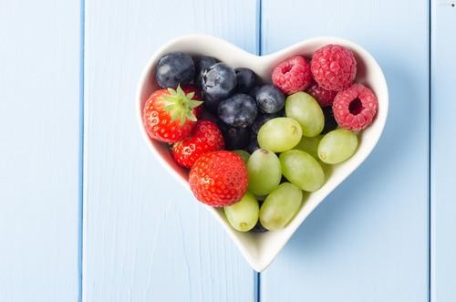 خواص جالب توت فرنگی و انگور