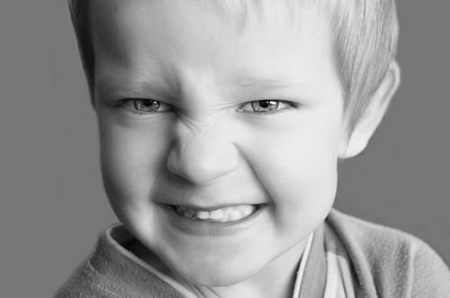 علت دندان قروچه کردن چیست؟!