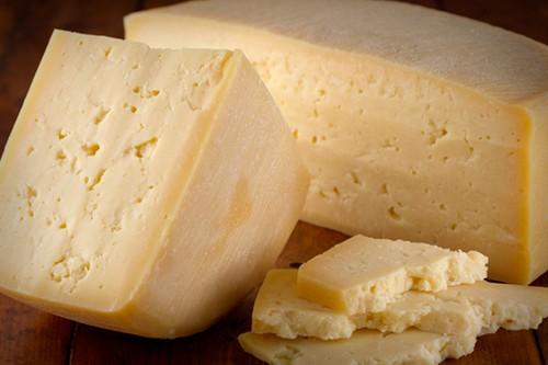 نکاتی مهم در رابطه با پنیر پارمسان