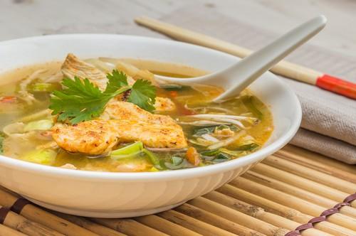 نحوه ی درست کردن سوپ مرغ و سبزیجات