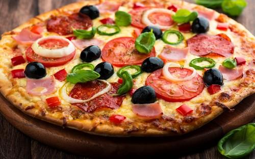 نحوه ی درست کردن پيتزای نارنجکی