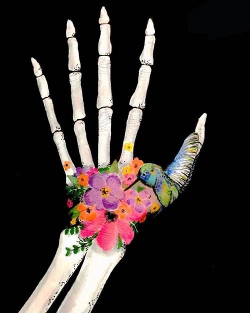 عکس دست سه بعدی