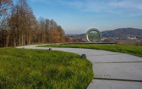عکس هایی از غولپیکرترین لنز دوربین دنیا  عکس هایی از غولپیکرترین لنز دوربین دنیا 146780542411057 irannaz com
