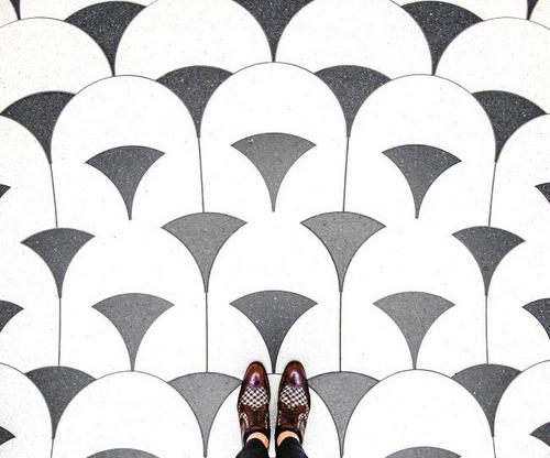 نمایان کردن کفپوش های هنری در شهر لندن (عکس)