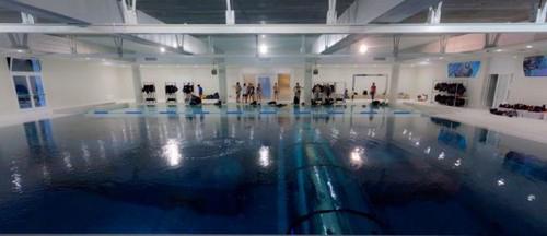 ساختن عمیق ترین استخر دنیا با 40 متر عمق (عکس)