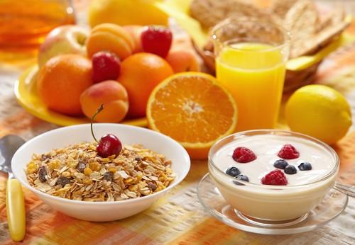 چرا بعد از صبحانه باید استراحت کنیم؟