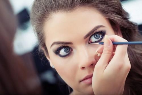 زیبایی چشم با خط چشم نامرئی