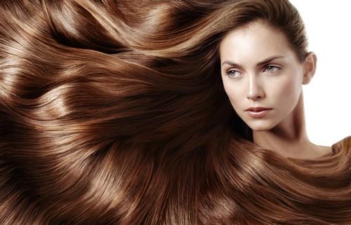 این راهکارها به تقویت مو شما کمک می کند!!  این راهکارها به تقویت مو شما کمک می کند!! 14686657604301 irannaz com