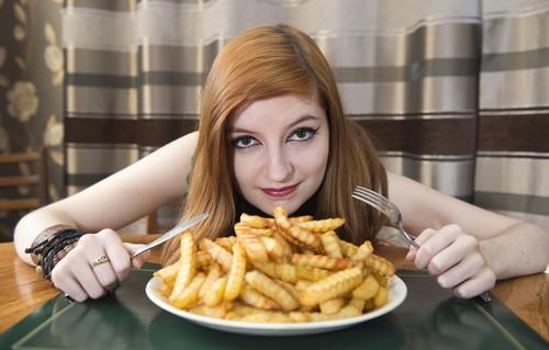 علت چاقی شکم و آب نشدن چربی آن چیست؟!