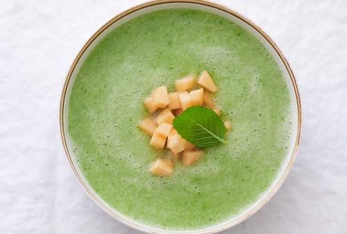 چگونه سوپ سرد خوشمزه درست کنیم؟